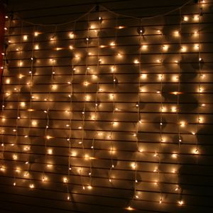 curtain-lights-white-wire