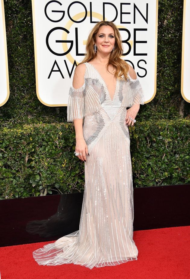 BEVERLY HILLS, CA - JANUARY 08: Actress Drew Barrymore attends the 74th Annual Golden Globe Awards at The Beverly Hilton Hotel on January 8, 2017 in Beverly Hills, California. (Photo by Steve Granitz/WireImage)